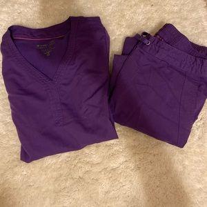 Comfy purple scrubs set👩🏻⚕️